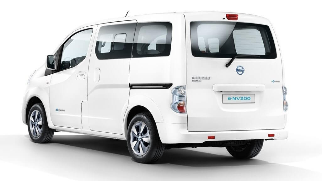 NISSAN NV200 Evalia in promotion in Rome